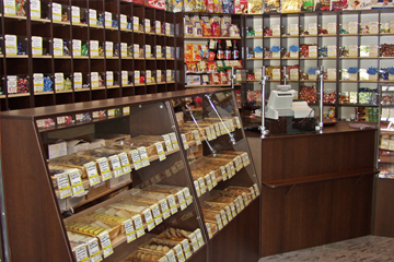 Confectionery shelves