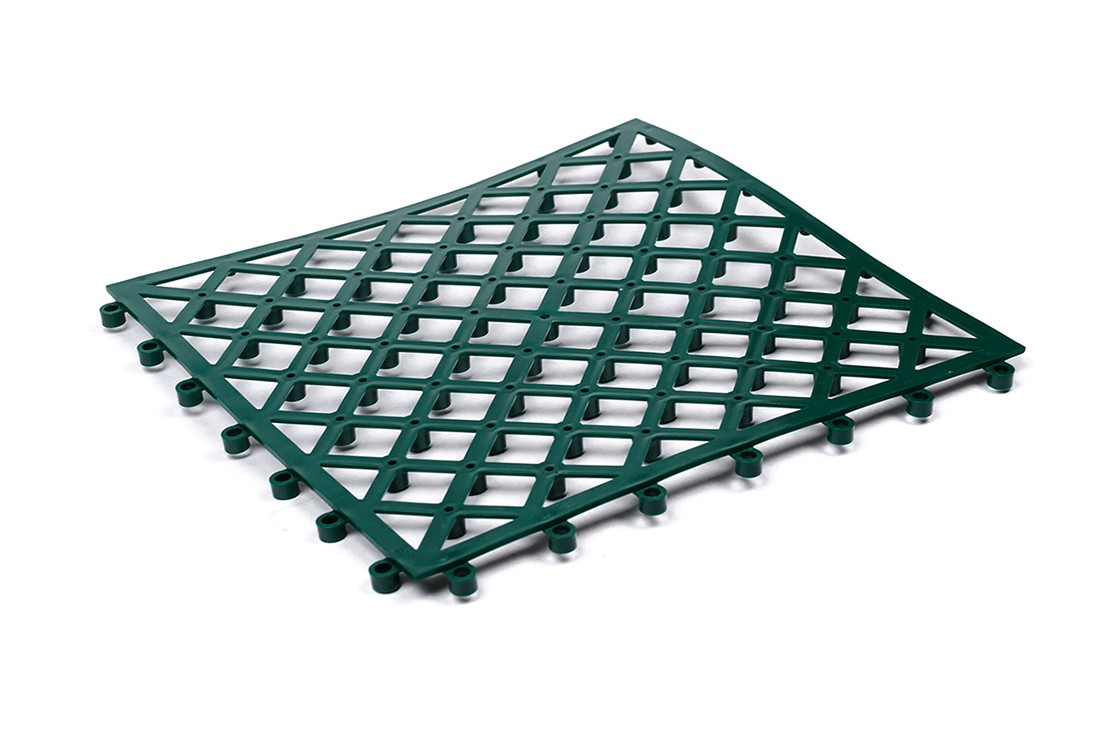 The plastic substrate for decking